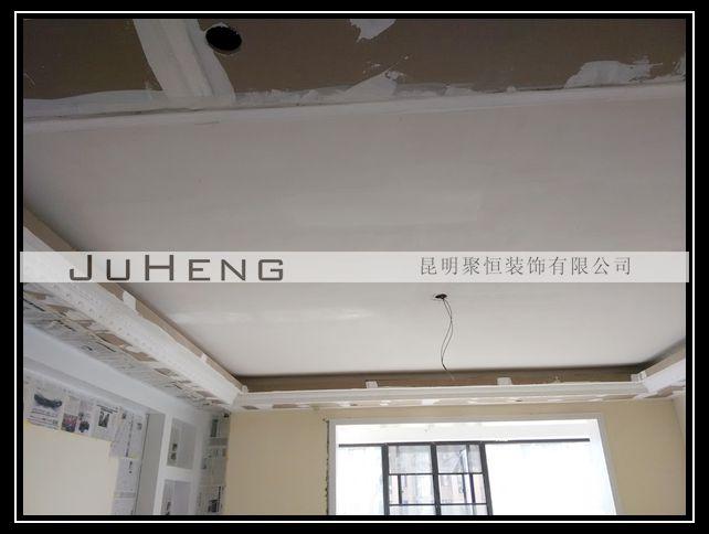 图为:客厅石膏线粘贴-盛世佳园5 1 401赵先生家施工档案